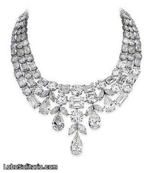 El collar (fragmento)