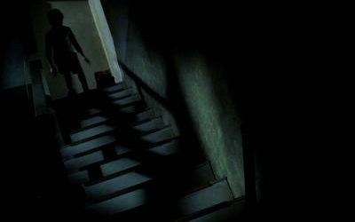 Esa cosa al final de la escalera